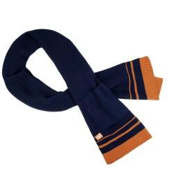 Écharpe tricotée...